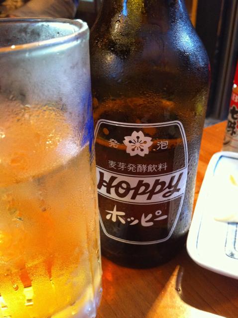 上野アメ横でホッピーとiPhoneな夕暮れを [Photo] [iPhone]