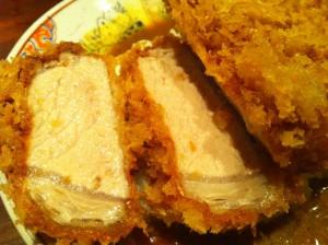 西麻布 豚組 で、厚さ3cmのカツカレーを食す!