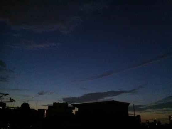 東京夜明け前 2010年10月8日午前5時  [Photo]