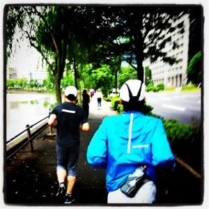 ランニング日誌(11/06/18)アビさんとmacjさんと皇居一周15kmラン!