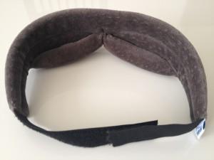 テンピュール「スリープマスク」と強力耳栓「モルデックス メテオ」を装着して昼寝してみたら最高すぎた!!