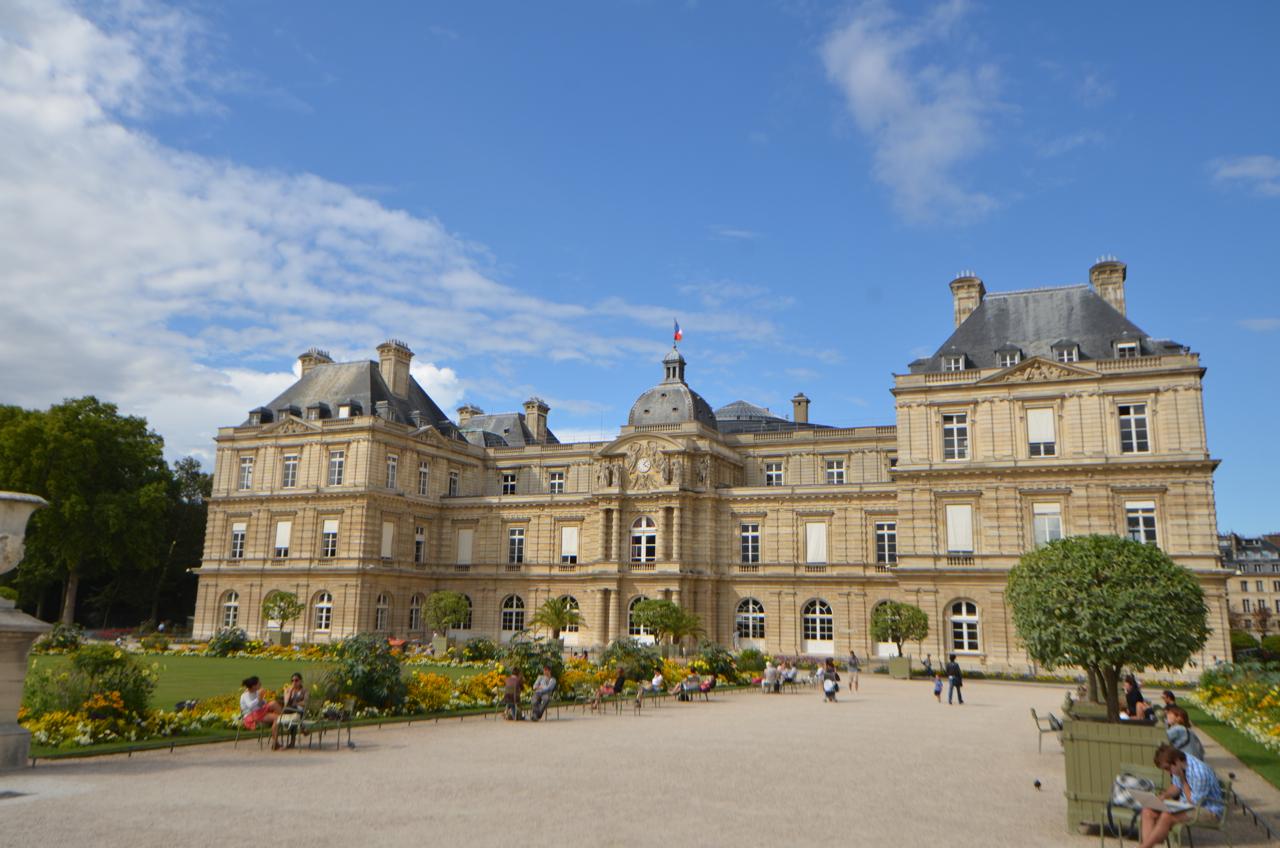 リュクサンブール公園 〜 パリで一番大きな公園は美しく整った庭園だった!! [2012年夏 ヨーロッパ旅行記 その29]
