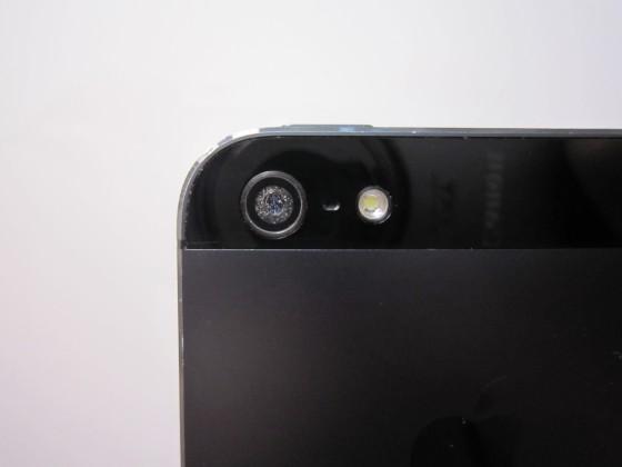 iPhone 5のカメラに異物が混入し写真が曇ってしまった件