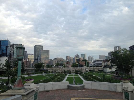 涼しい大阪旅ラン12km♪ つくばマラソンまで131日!