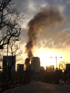 写真あり  早朝ランで有楽町の火事に遭遇した件 — 東京マラソンまで51日![ランニング日誌]