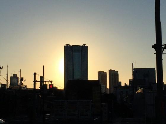夜明けの東京は美しい!キリッと冷え込み紅葉も色づく12kmラン!  [富士山マラソンまで16日・ランニング日誌]