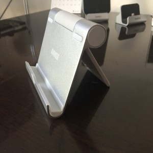 Anker タブレット用スタンド — iPadの出番が増えたら クールなスタンドが欲しくなった