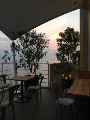 マリンアンドファームサジマ(Marine & Farm SAJIMA) — 佐島マリーナ前の海上レストラン!景色も味も最高!!ここは穴場だ!!
