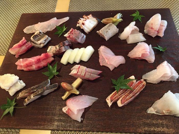 南山 — 金沢 片町 武家屋敷近くの海鮮料理店 美しすぎる魅せ方も味も超一流!ここはオススメ!!