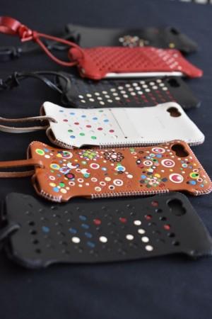 iPhoneケースはこれしかない! iPhone レザーケースの至宝 abicase — 極上の革の質感と最高な機能美がたまらない!この世に一つ手作り一点もの!!
