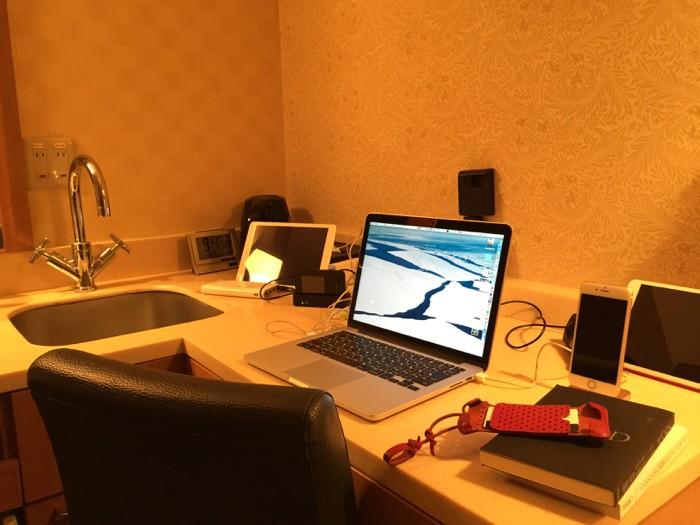 天然温泉 剣の湯 ドーミーイン富山 — 便利でコンパクトなホテル!ライティングデスクは衝撃!!   [2016年 冬 北陸旅行記 その11]