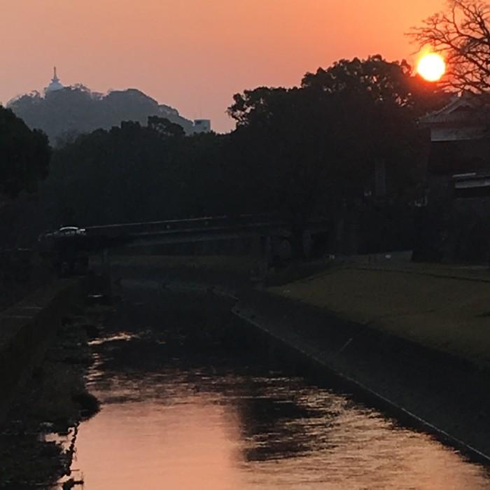 熊本城 春霞の夕暮れが幻想的で美しかった!! [2016年2月 熊本旅行記 その3]