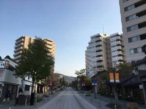 長野快晴の早朝ラン! 善光寺までピッタリ往復3km! [2016年4月 長野旅行記 2]