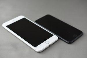 iPhone 7 256GB ブラック & iPhone 7 Plus 256GB シルバー 到着しました!!ダブル開封の儀!!