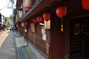 ひがし茶屋街散策 〜 金沢きっての名所はいつ来ても美しく、何を撮っても絵になる  [2016年6月 北陸旅行記 その26]