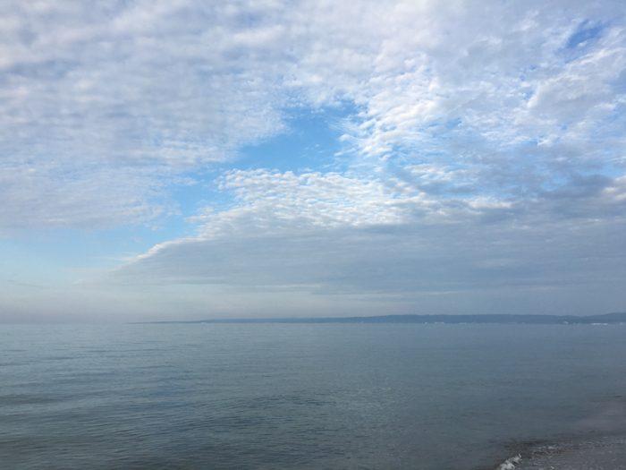 珠洲の朝の海 〜 能登半島最先端から眺める日本海は今まで見たどんな海とも違う表情をしていた!! [2016年6月 北陸旅行記 その41]