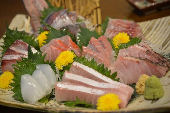 まちの 〜 鎌倉駅すぐの魚が美味しい居酒屋さんが超素晴らしかった!!何もかもが美味くてリーズナブル!! [鎌倉グルメ]