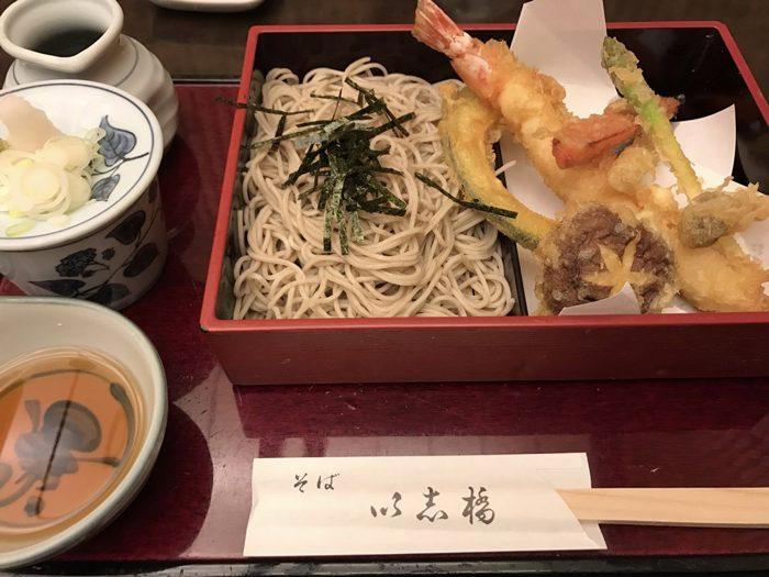 以志橋(いしばし)〜 鎌倉・長谷の大仏近くのそば店の天ぷらせいろが美味かった!! [鎌倉グルメ]