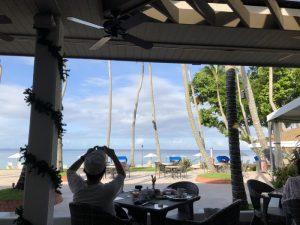 パラオ5日目 ダウンタウンでランチと仕事をしてからビーチで最後の夕暮れを楽しみ夜中にPPRを後にした一日!! [2017年パラオ旅行記 その6]