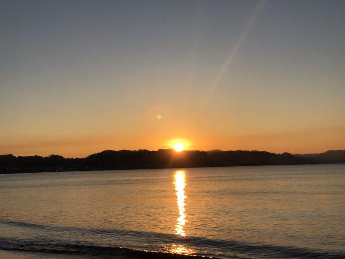 鎌倉初日の出はランニングで由比ヶ浜へ! 耳が痛くなるほど寒かったが絶景だった!! [鎌倉ライフ]