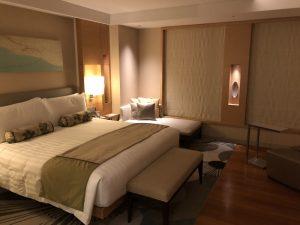 インターコンチネンタルホテル大阪が素晴らしい!部屋もベッドもデスクもバスも食事も素敵で気に入った!! [大阪ホテル]
