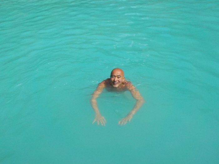 ミルキーウェイ 〜 エメラルドグリーンの海に沈む真っ白な泥を全身に塗るのだ!サウスロックアイランドツアーがスタート!! [2017年パラオ旅行記 その28]